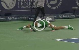 Clamorosa vittoria di Djokovic in rimonta su Monfils