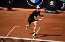 Roland Garros, per Sinner partenza col botto: annichilito Goffin
