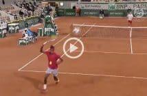 Lo spettacolare tweener di Ymer contro Djokovic