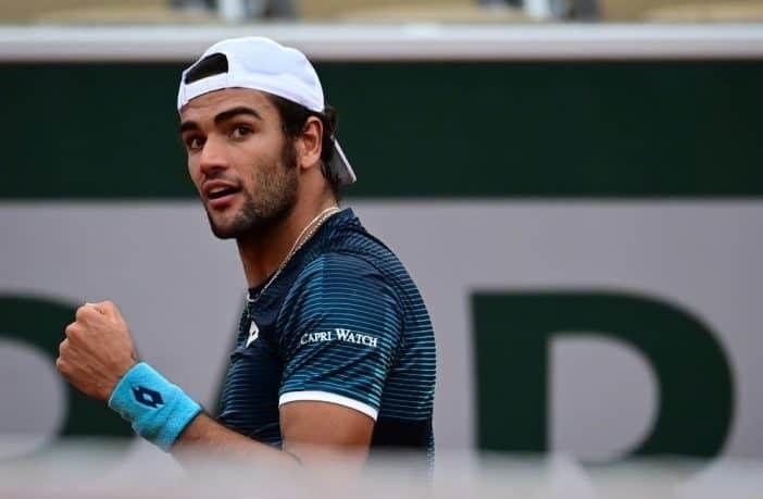 Berrettini non brilla ma passa al terzo turno del Roland Garros