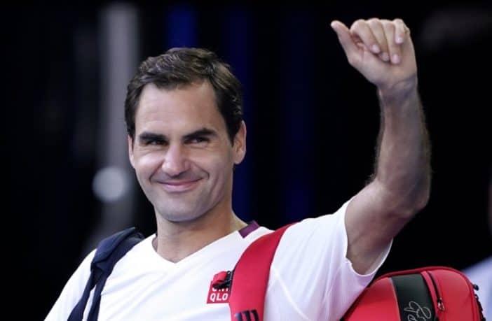 Roger Federer al lavoro per il rientro dopo l'infortunio
