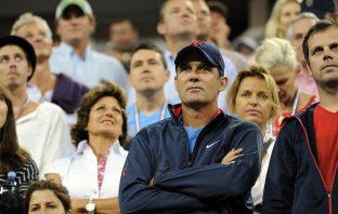 """L'ex allenatore di Federer: """"Djokovic è il peggior nemico di sé"""""""