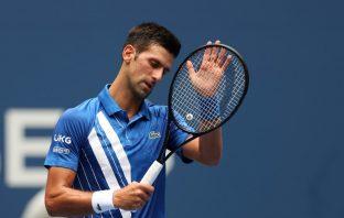 Djokovic si avvicina al record di Federer dopo una ripresa travagliata