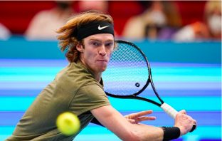 Rublev in semifinale a Doha