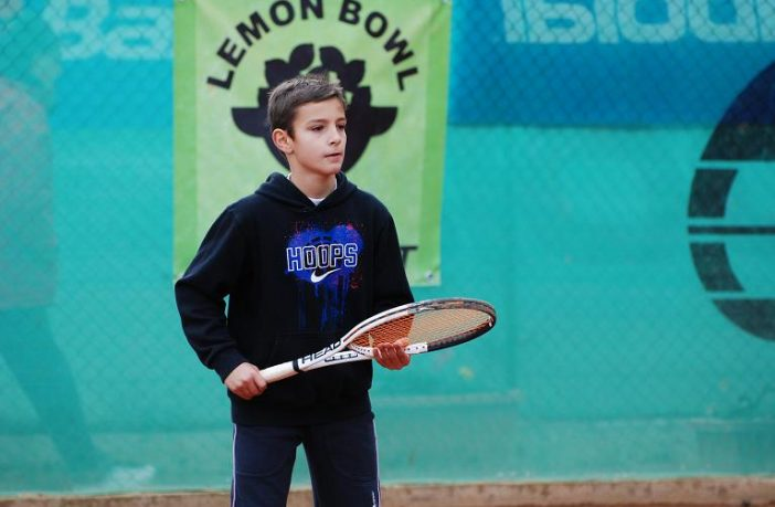 Un giovanissimo Lorenzo Musetti al Lemon Bowl