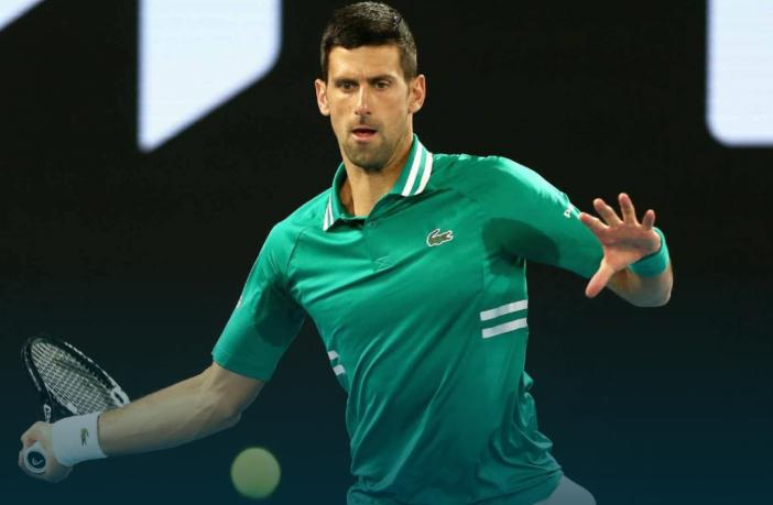 La battaglia dei media contro Djokovic