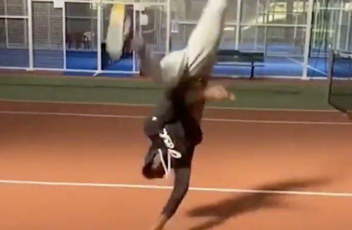 Monfils scatenato in un ballo acrobatico spettacolare