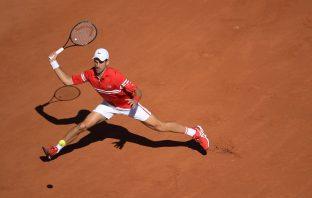 Djokovic vince il Roland Garros, Tsitsipas si arrende