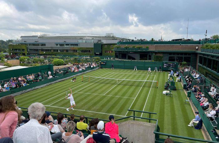 Sinner fuori subito a Wimbledon contro Fucsovics