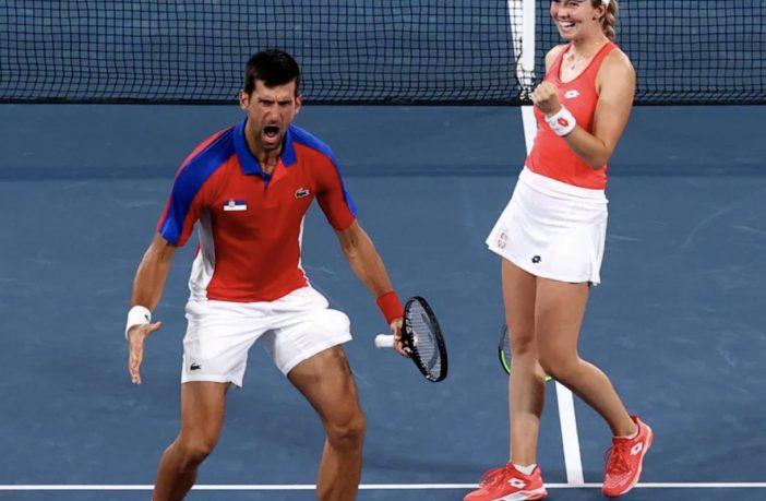 Novak Djokovic vince nel doppio misto a Tokyo