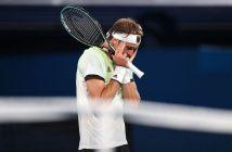 Alexander Zverev sconfigge Novak Djokovic alle Olimpiadi