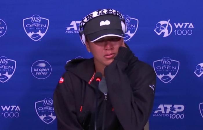 Naomi Osaka in lacrime in conferenza stampa