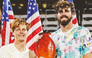 Jannik Sinner trionfa in doppio ad Atlanta