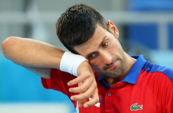 Djokovic nella bufera: la foto che ha indignato il web